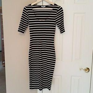Sleek & Sexy Bar 111 dress