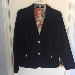 Striking & classy crushed velvet black blazer
