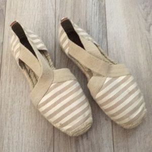 Michael Kids tan espadrilles sandals 6.5