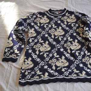 3 for 12$ Vintage Navy Floral Long Sweater
