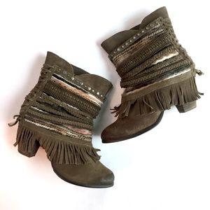 NAUGHTY MONKEY Fringe Braided Ankle Boots \\ Sz 9