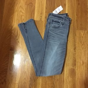 Abercrombie & fitch ankle jean