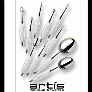 Artis Elite mirror collection makeup brushes 🌟