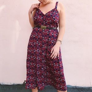 Perfect summer dress, dressed up or down!