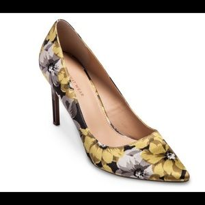 Shoes - Brand New Floral Satin Pumps
