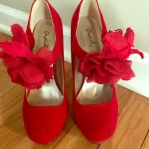 "Red velvet feel 5"" Mary Jane heels"
