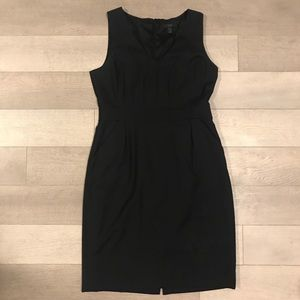 Suiting dress