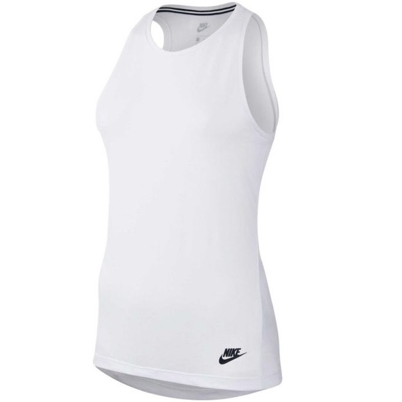 ffd3120d149e64 Nike Women s Sportswear Essential Tank Top