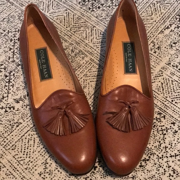 Cole Haan Shoes - Vintage Cole Haan women s loafers w tassel shoes