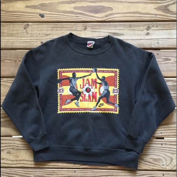 923a91991e9edb Vintage Nike Air Jordan Sweatshirt. M 5a15e109bcd4a734f503f334