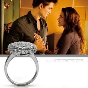 Jewelry - Bella Twilight Engagement Ring Edward Vampire