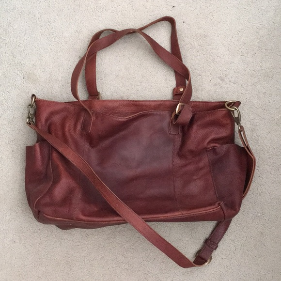 Duluth Trading Co  Lifetime Leather Tote