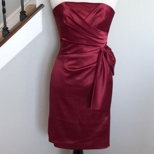 WHBM wine color strapless cocktail dress 00 NWT