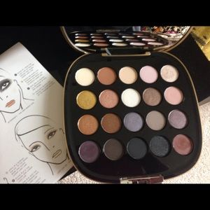 Marc Jacobs limited edition 20 eye shadows palette