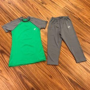 Nike Girls cropped set . Size 8-10