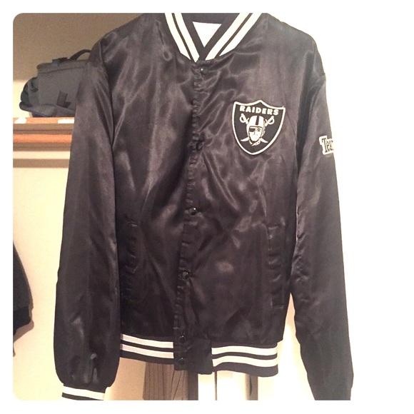 eaa0bb8b Vintage 90s era NFL Oakland Raiders Jacket Size M