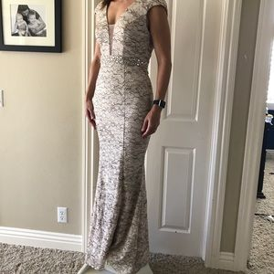 Dresses & Skirts - Gorgeous mermaid gown
