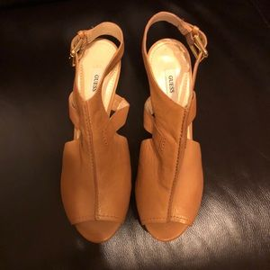 Guess leather sling back heel 8.5M color-Tan