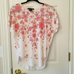 relaxed fit floral blouse