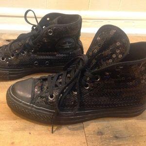 7.5 Black converse sequin high tops