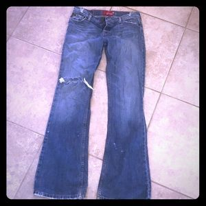 Distressed hollister jeans size 9 long