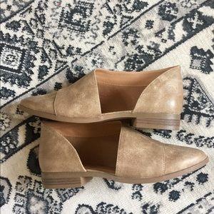 Shoes - Cutout detail flats
