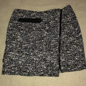 Forever 21 contemporary blue and black skirt