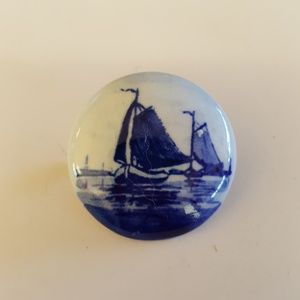 Vintage Blue & White Delft Style Holland Brooch