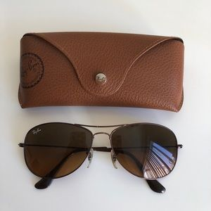 Ray-Ban Aviators with case!