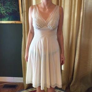Vintage Vanity Fair Gown. Size 32