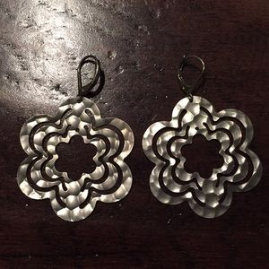 Jewelry - Silver hammered earrings (NWOT)