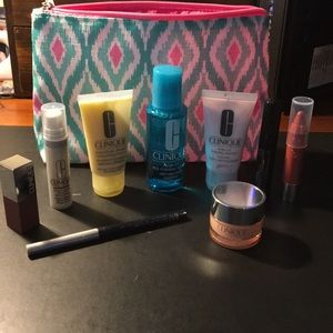 10 piece Clinique make up set. New unused products