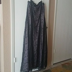 Betsy & Adam nwt long formal gown