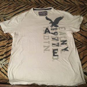 Men's Vintage Fit Size XL AEO White Shirt