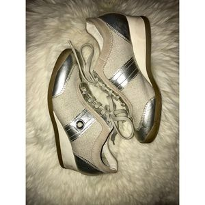 Geox metallic sneakers Sz 8