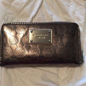 NWOT Michael Koors wallet
