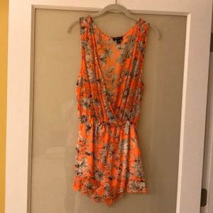 Dresses & Skirts - Summer style free flowing romper
