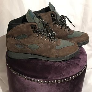 Vintage Merrell Venture Hiking Boots Emerald