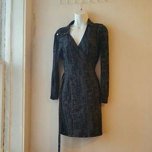 Banana Republic long sleeve dress. Size M