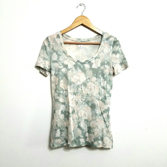 01fb2f61ade8e BDG Tops | Muted Pastel Floral Scoopneck Tee | Poshmark