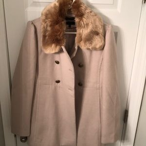 EXP winter taupe coat with fur collar