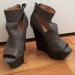 LAMB platform wedges