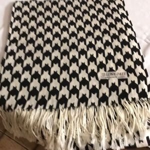 Other - Black and white scarf or wrap