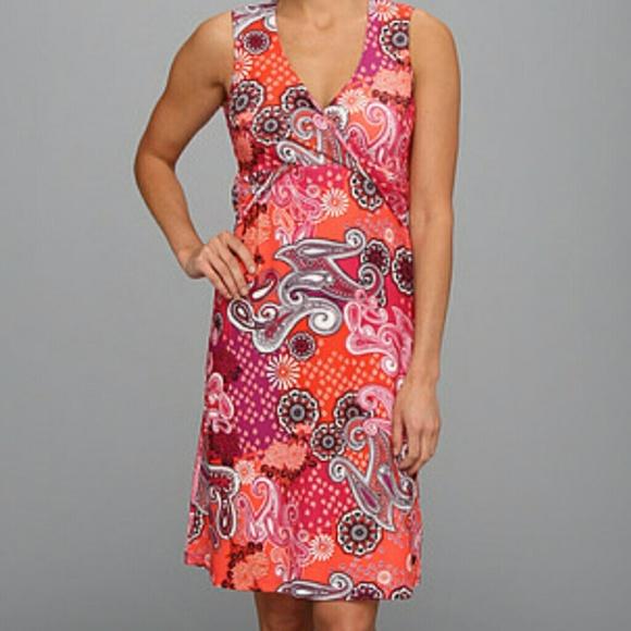 f17f155ea86 ... Twist Dress Wrap Sports Bra. M 5a1603864127d0632b002b05