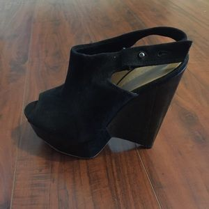 L.A.M.B Black suede wedges