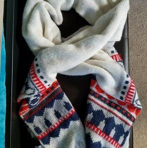 GAP scarf. Very warm