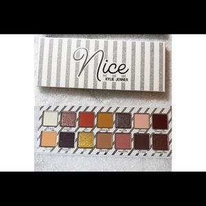 Preorder * Kylie cosmetics holiday nice palette