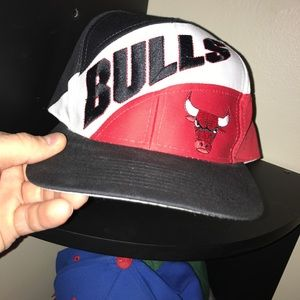 67646e7773db96 Logo 7 Accessories - Vintage Chicago Bulls Snapback