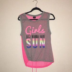 A cute fun sleeveless shirt!