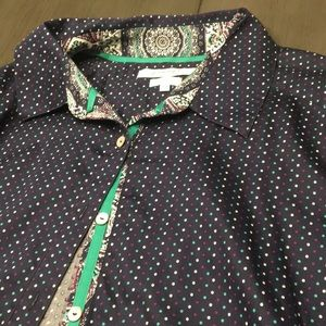 Long sleeve Button down patterned dress shirt.